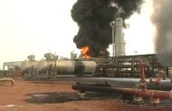 وزارة النفط والغاز تؤكد استمرار توزيع الجازولين وغاز المخابز دون توقف أو تخفيض في الكميات