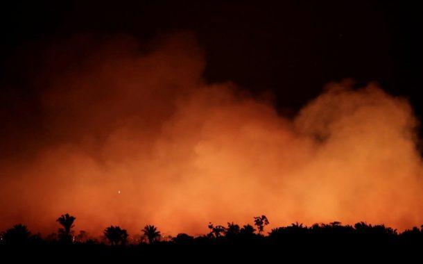 غابات الأمازون تحترق... أزمة بيئية عالمية وسجال سياسي في البرازيل