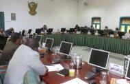 اللجنة الوزارية لمعالجة الضائقه المعيشية تعقد اجتماعاً لمتابعة سير اداء اللجنة