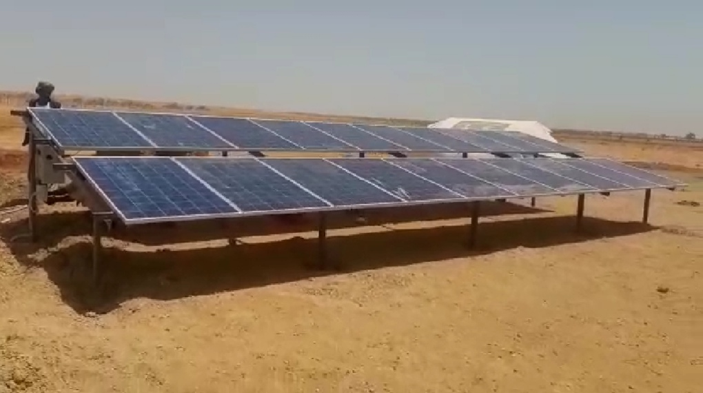 الطاقة الشمسية تهزم تحدي العطش بمشاريع المتمة