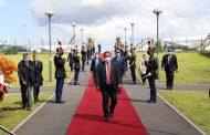 وصول رئيس الوزراء السوداني  إلى باريس