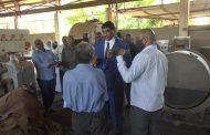 وزير الصناعة ابراهيم الشيخ يتفقد مركز تكنولوجيا الجلود